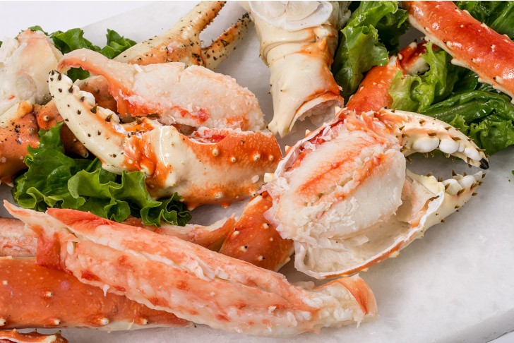 Wild Alaskan King Crab Legs & Claws